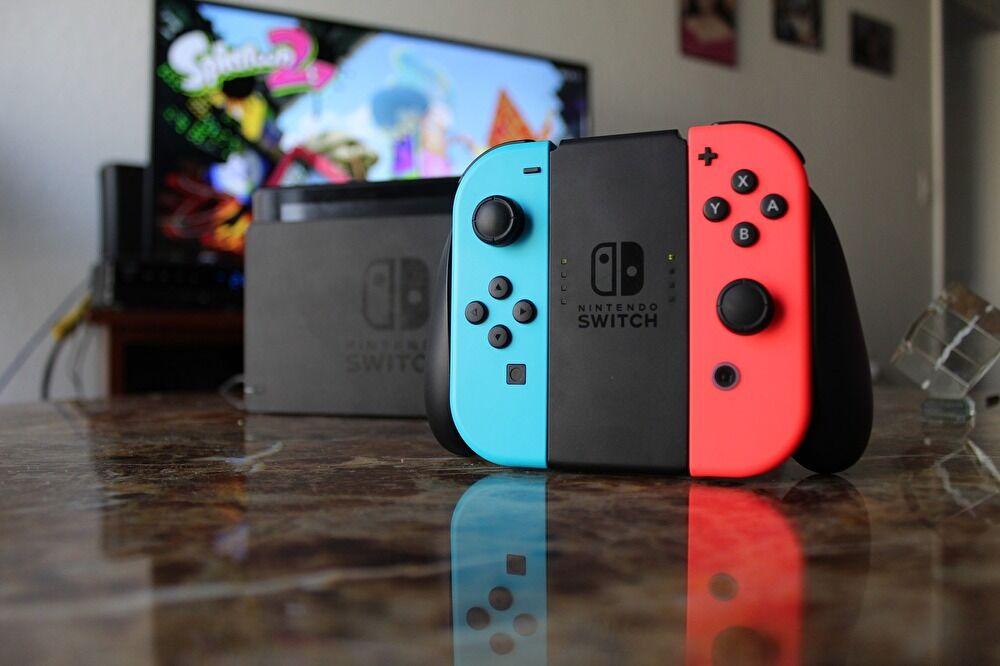 Nintendo Switch本体の画像