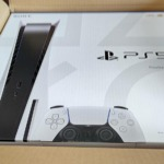 PS5の入ったジョーシンの箱