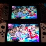 Nintendo Switch通常版と有機ELモデルをマリオカート8DXで比較したシーン